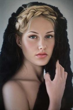 <strong> Anna Halldin-Maule</strong>  Ida